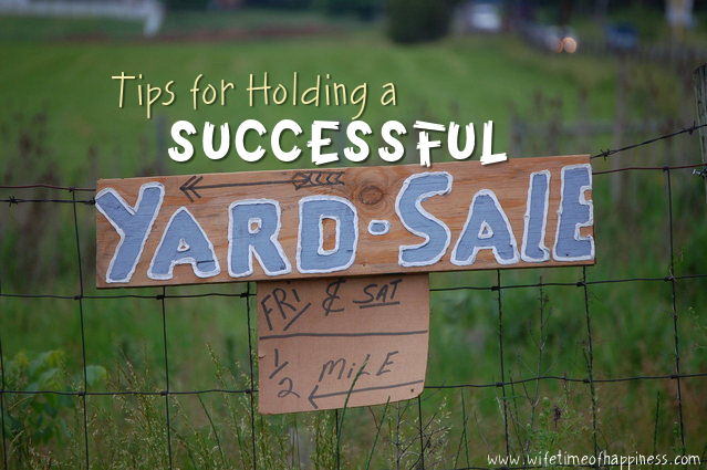 hold a successful yard sale