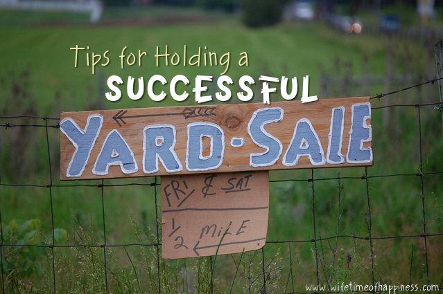 hold a successful yard sale